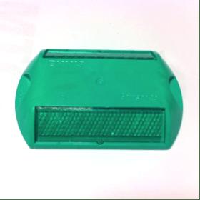 tacha reflectiva color verde