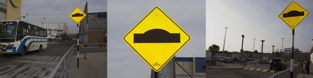 Señal vertical de tránsito preventiva de rompemuelles.